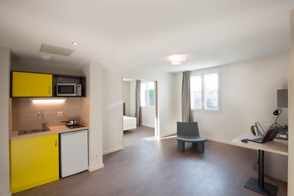 Voyage à Lyon Dardilly en famille appartement meublé
